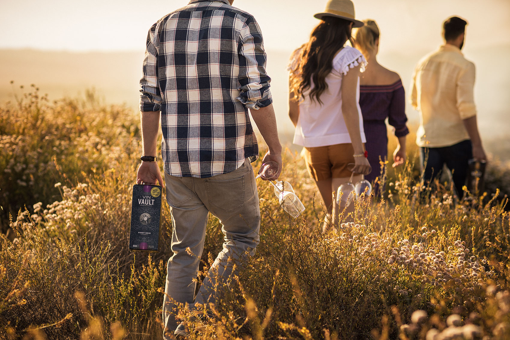 Wine Photographer Lifestyle| Hike Scene  Landscape with Wine in the Box