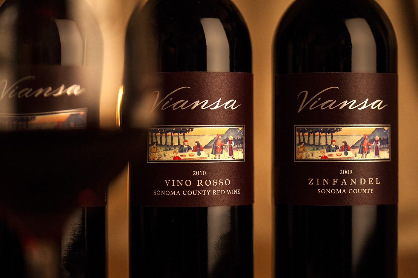 Viansa Holiday Bottle Shot